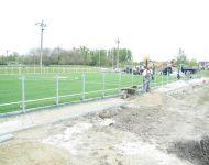 Szőregen készült el az ország első műfüves sportpályája | 2014. április 22.  kedd | Fotó: szegedma.hu