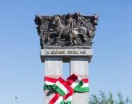 A Huszárlány szobránál emlékeztek a szabadságharc hétköznapi hőseire Szőregen