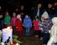Az öröm gyertyáját is meggyújtották Szőregen   2015-12-12
