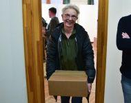 Rászorulóknak osztottak csomagot Szőreen