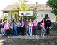 Szőregi iskolások felfedezésen Erdélyben | 2014-06-13