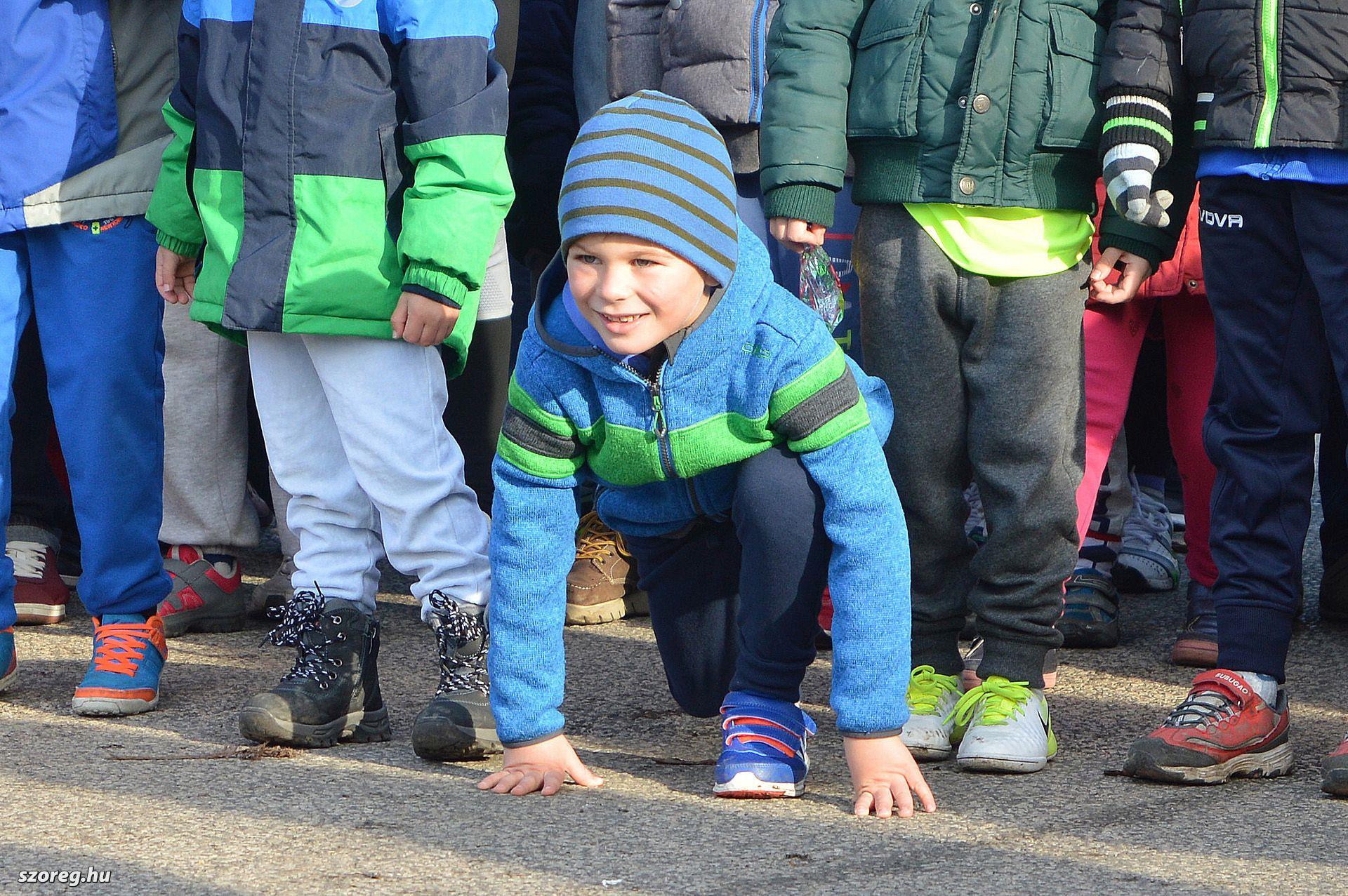 Kicsik és nagyok futottak Szőregen