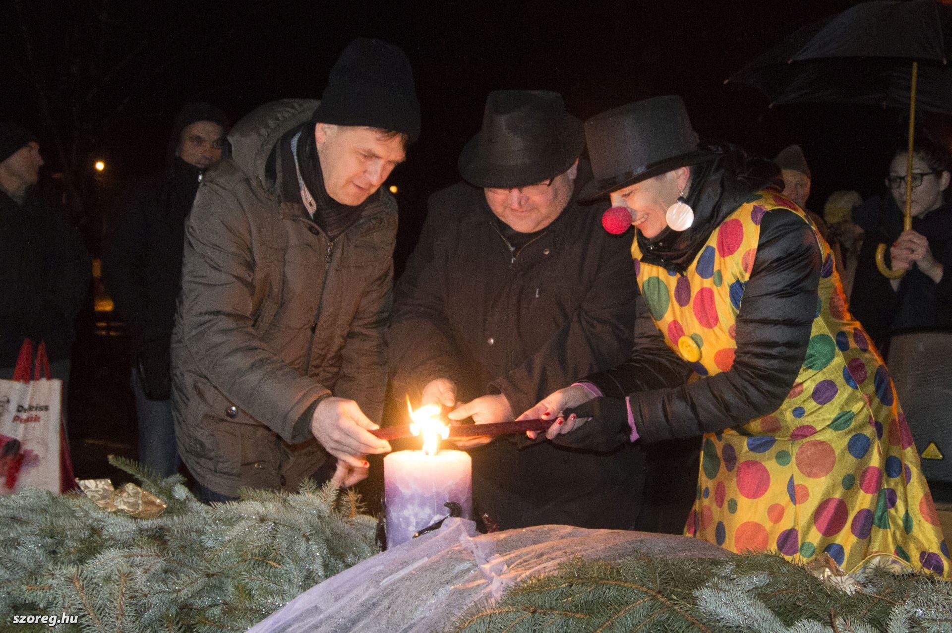 Szőregen meggyújtották a második adventi gyertyát