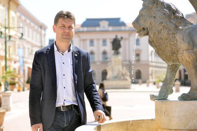 Szabó Sándor a békés építkezés híve