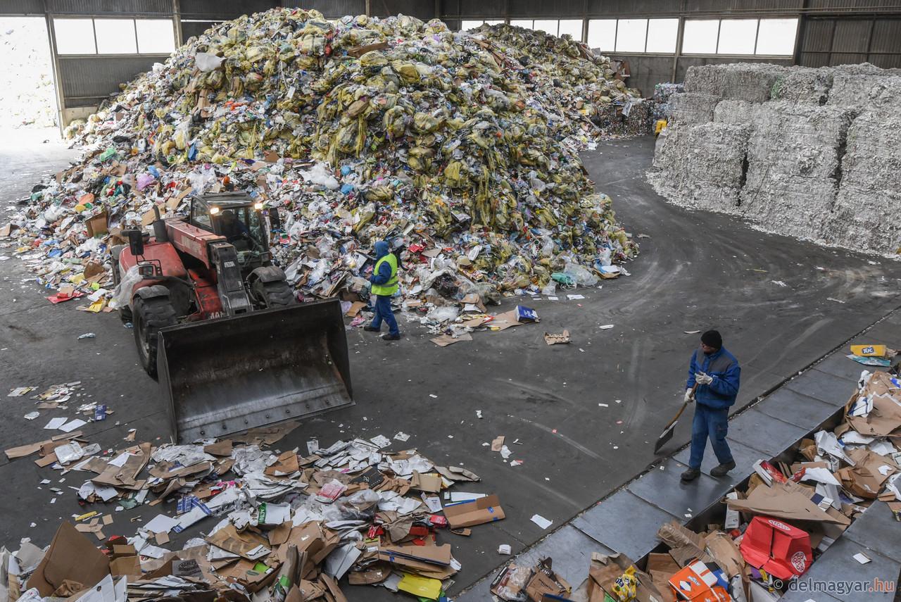 Évi 60 ezer tonna szemetet dolgoznak majd fel az új csarnokban
