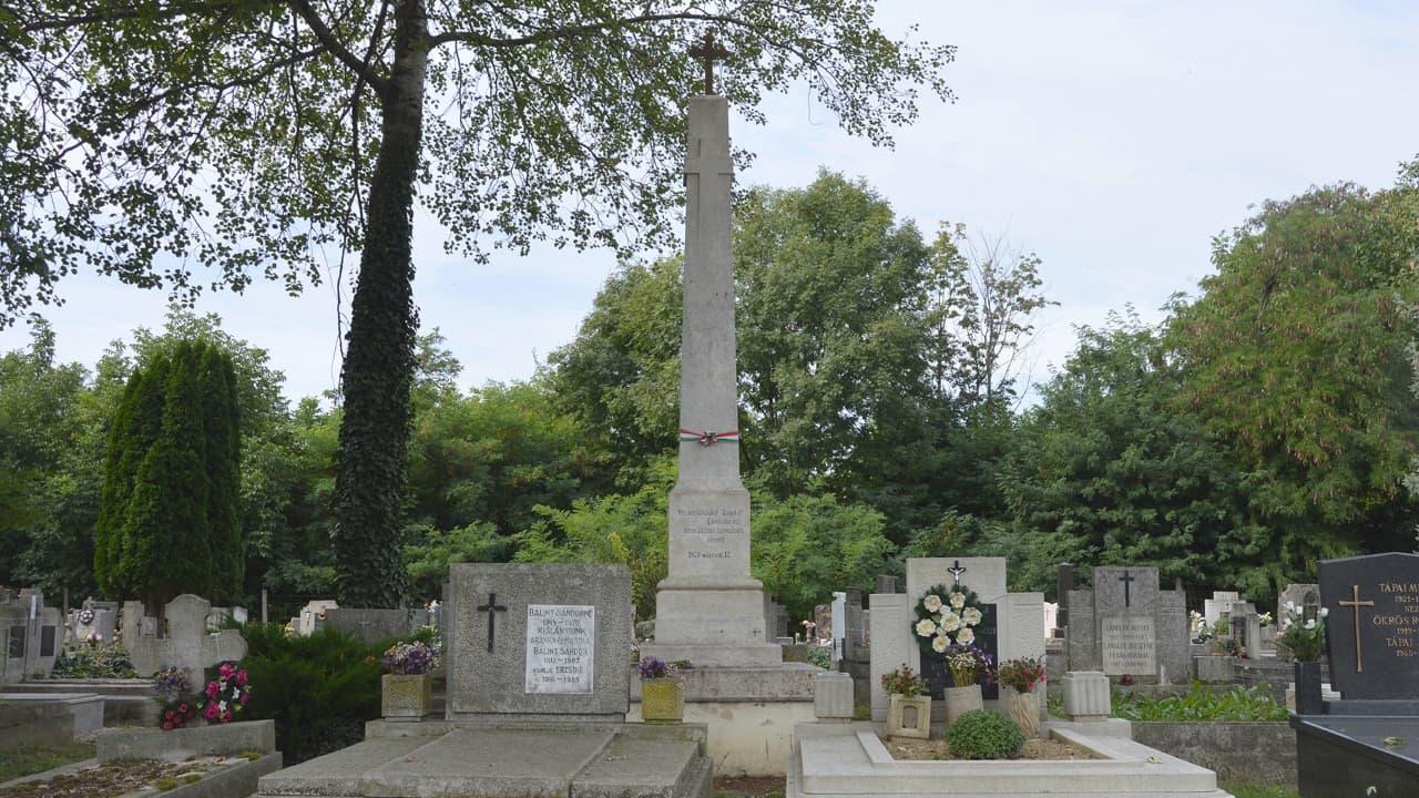 Árvízi áldozatok emlékműve