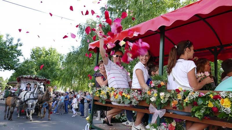 Jön az év legnagyobb bulija Szőregen: pénteken kezdődik a háromnapos rózsaünnep