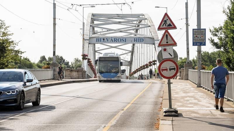 Estétől újra teljesen járható lesz a Belvárosi híd